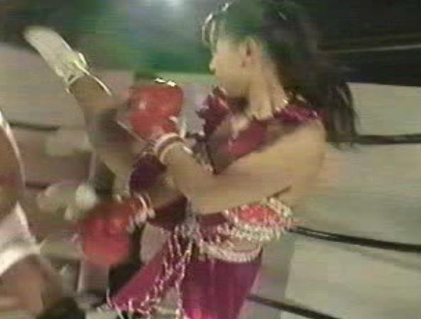 女格闘家レイプ龍の穴003