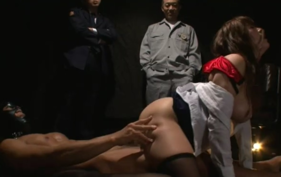 女看守輪姦レイプ019