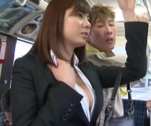 痴漢バスおとり捜査官001