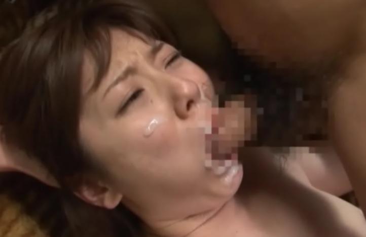 痴漢バスおとり捜査官040