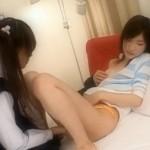 ツインテールのブレザー女子校生が指でちゅくちゅくレズビアン