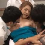 若々しい雄達にタイツを引き裂かれ輪姦レイプされる女教師【羽田あい】